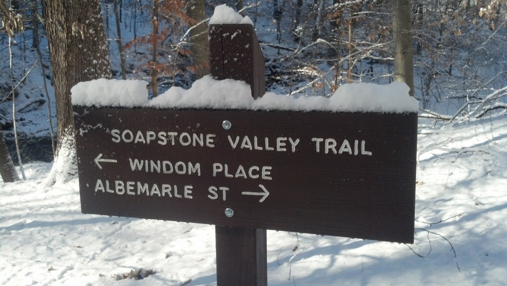 There are very few trail markers in Soapstone Valley.